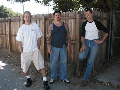http://www.rockwired.com/900lbpoundgorilla.jpg
