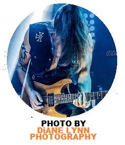 http://www.rockwired.com/DaveBatesKickAx.jpg