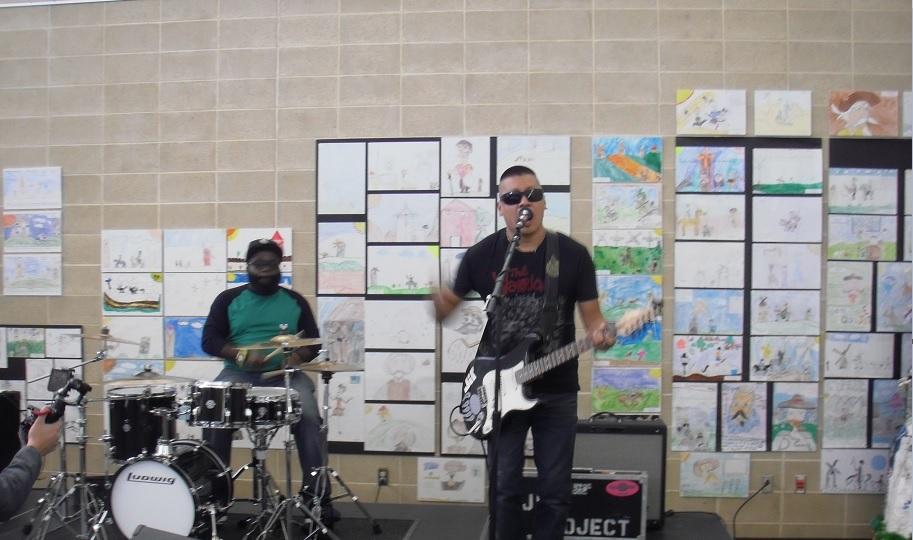 http://www.rockwired.com/JirProjectBandICC.jpg
