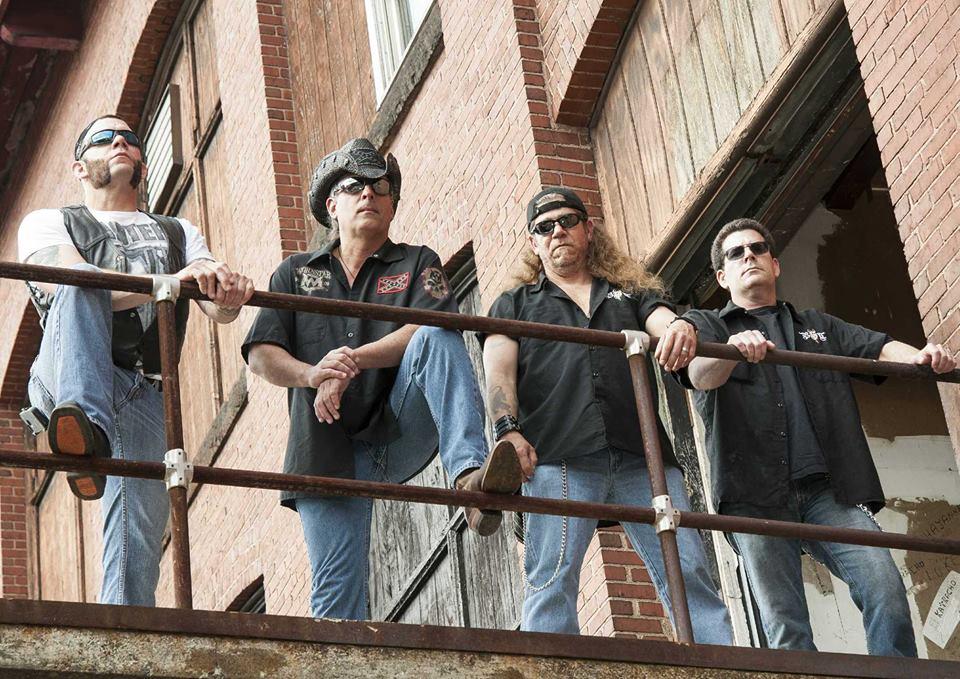 http://www.rockwired.com/blindsidethunder.jpg