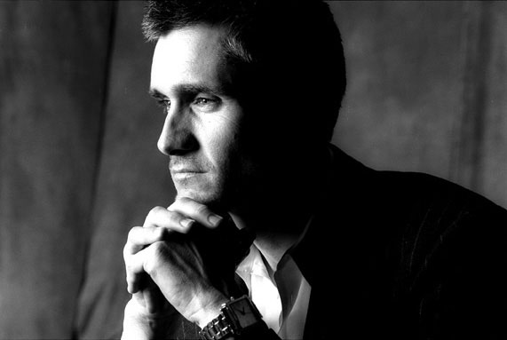 http://www.rockwired.com/curtisstigers.jpg