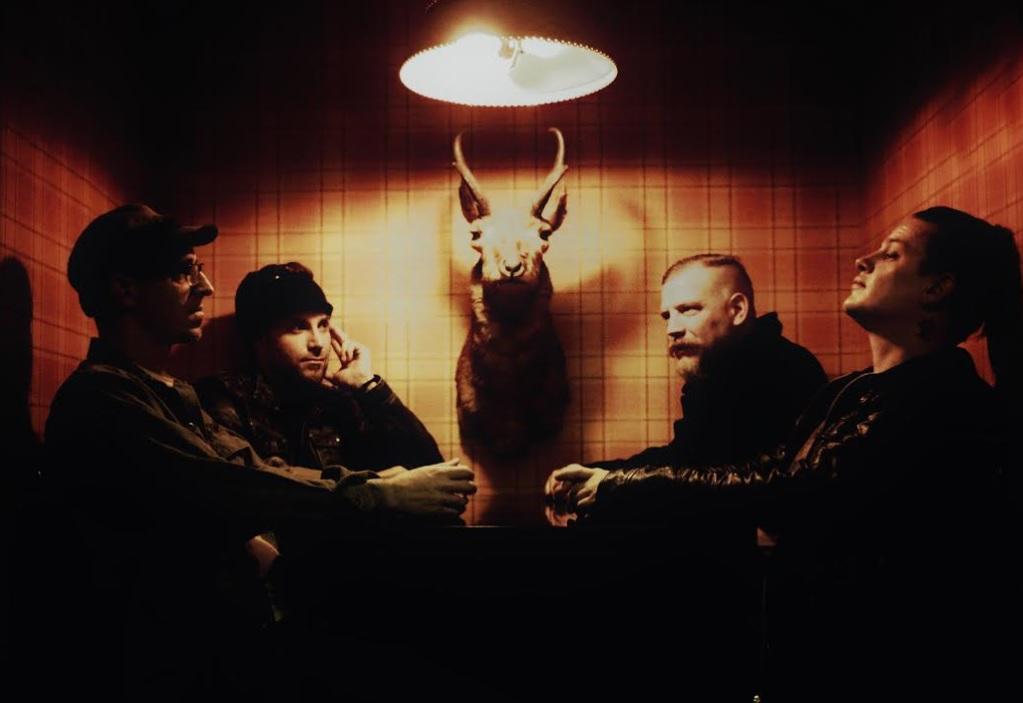 http://www.rockwired.com/deathvalleydreams.jpg
