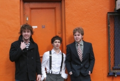 http://www.rockwired.com/frontierbrothers.jpg