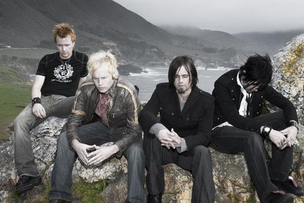 http://www.rockwired.com/hangface2.jpg