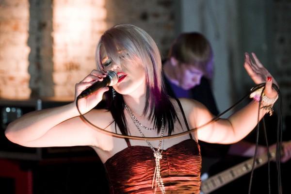 http://www.rockwired.com/jillianriscoe.jpg