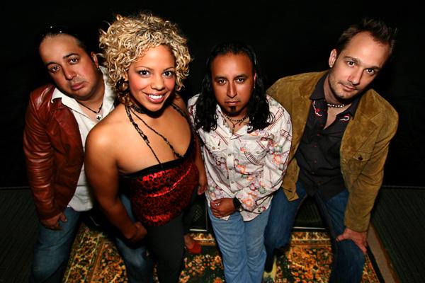 http://www.rockwired.com/newneverwonder.jpg